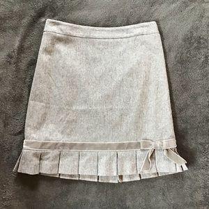 Banana Republic Grey Skirt EUC Size 4